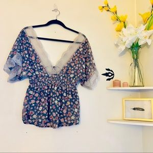 Tops - Sheer floral  V neck boho blouse
